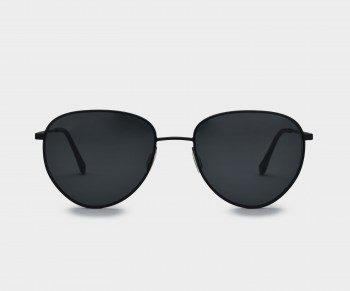 GLASSING_FINE_PIUMA_TOTALBLACK_FRONT