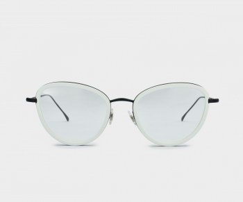 GLASSING_WEARESTEEL_OPTICAL_SARA_WHITEBLACK_FRONT